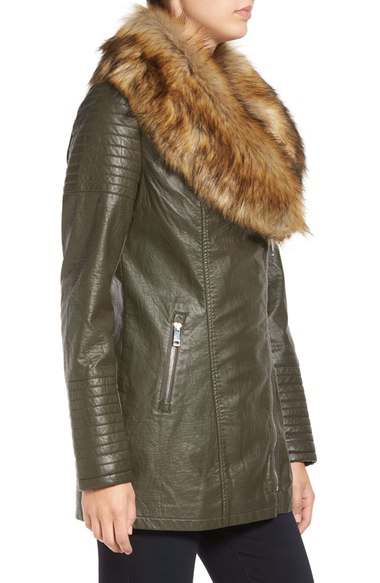 Faux_Leather_Jacket_with_Faux_Fur_Collar (3)