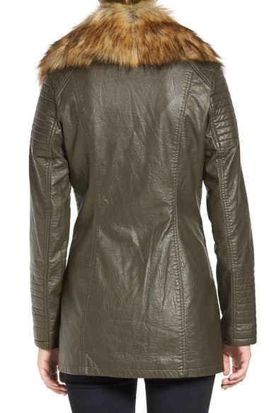 Faux_Leather_Jacket_with_Faux_Fur_Collar (4)