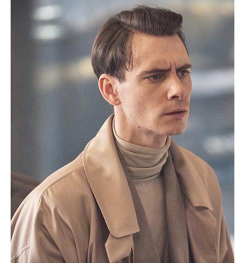 Bernard-Marx-Brave-New-World-Harry-Lloyd-Brown-Coat