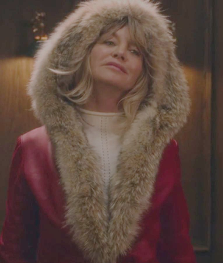 The Christmas Chronicles Goldie Hawn Red Parka