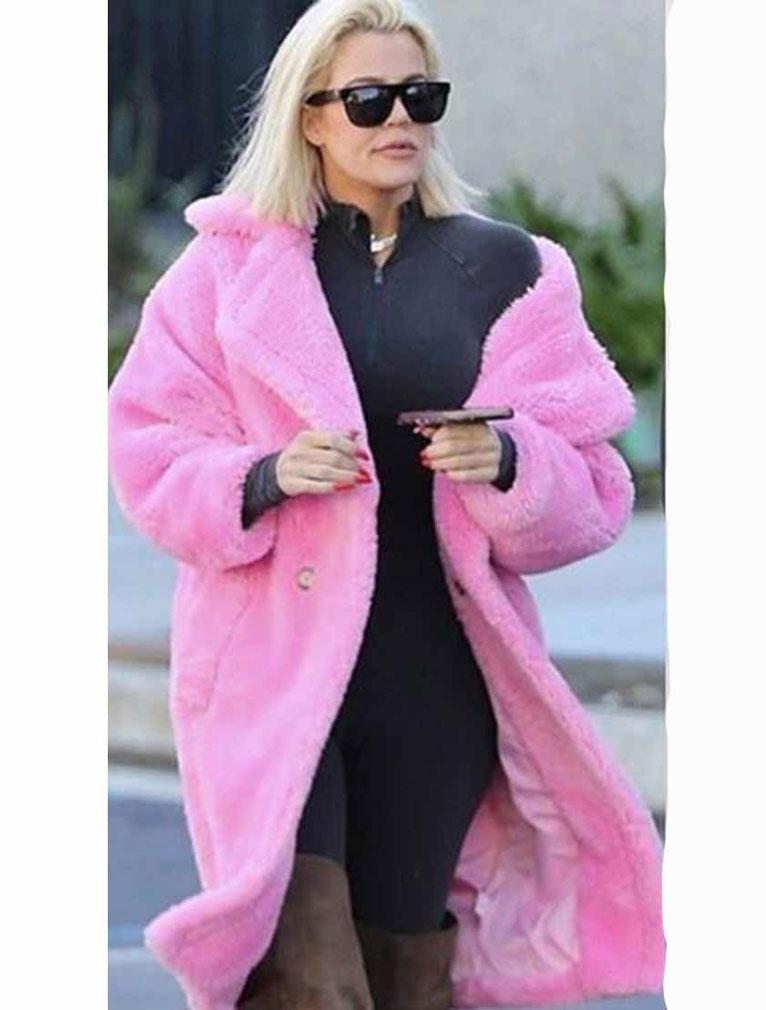 Keeping-Up-With-The-Kardashians-S019-Khloe-Coat