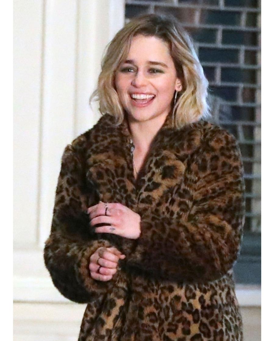 emilia-clarke-last-christmas-wool-coat-(1)