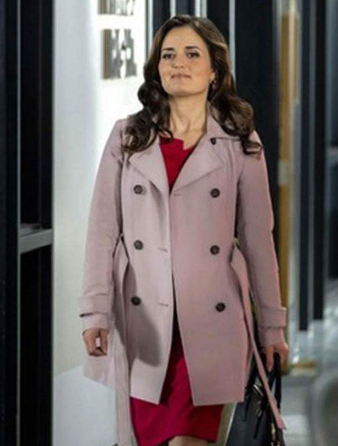 Danica-McKellar-Matchmaker-Mysteries-A-Fatal-Romance-Coat