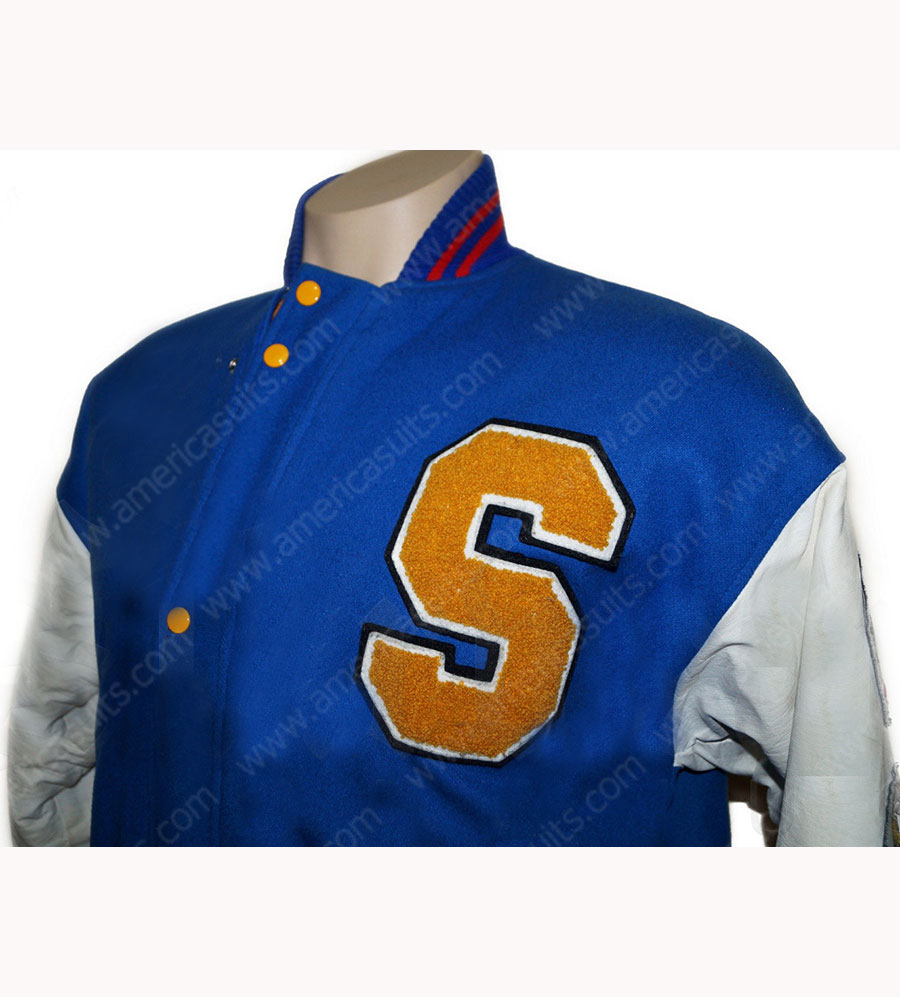 Sonic-The-Hedgehog-blue-jacket-(5)