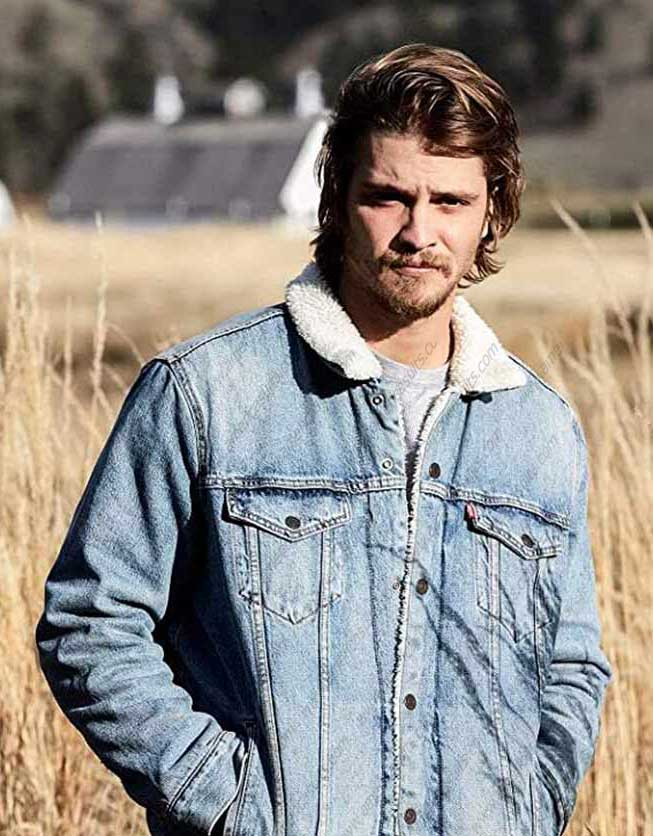 yellowstone-Luke-Grimes-jacket-(2)